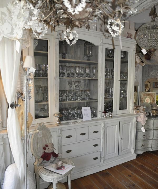 biblioth ques c t parc d coration int reure ext rieure antiquit s l 39 isle sur la sorgue. Black Bedroom Furniture Sets. Home Design Ideas